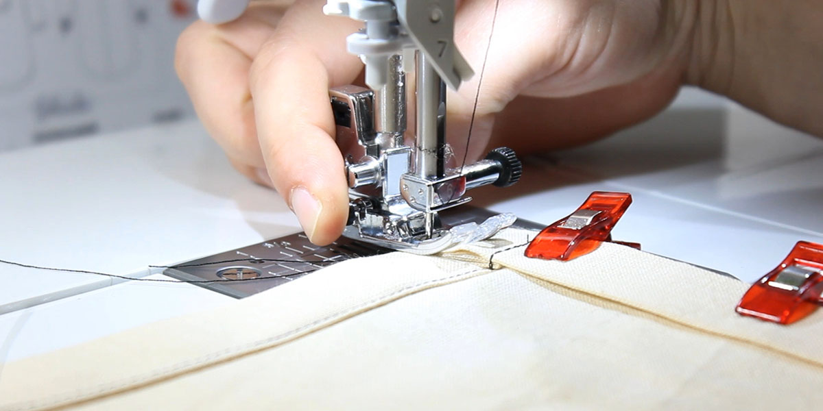 How to sew a thick edge